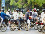 8 Perilaku Nyebelin Para Pengendara Motor Di Jalanan